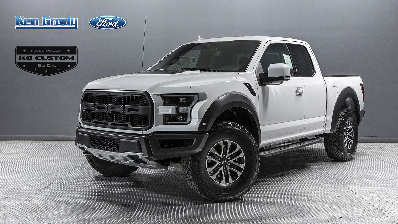 New 2019 Ford F-150 Raptor With Navigation & 4WD