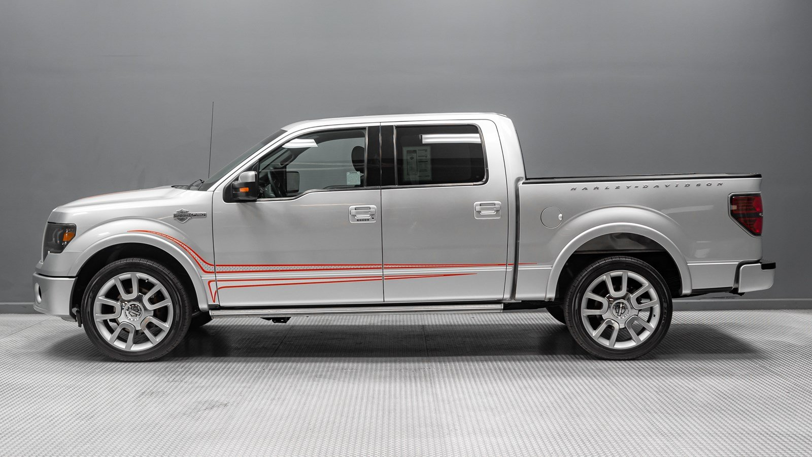 Pre Owned 2011 Ford F 150 Harley Davidson Crew Cab Pickup In Buena Fuse Diagram Interior Sync
