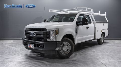 New 2018 Ford Super Duty F-350 SRW XLT